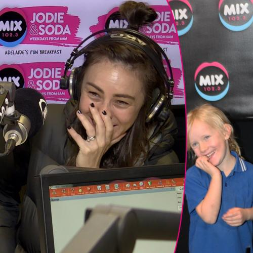 "Amy Shark's adorable reaction to girls singing ""I Said Hi"""