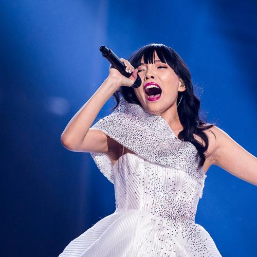 Singing Sensation Dami Im