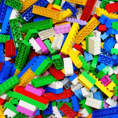 This Kmart Hack For Picking Up Lego Is In The Pet Aisle