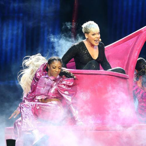 Sportsbet Gambling On Pink's Remaining Shows To Be Cancelled