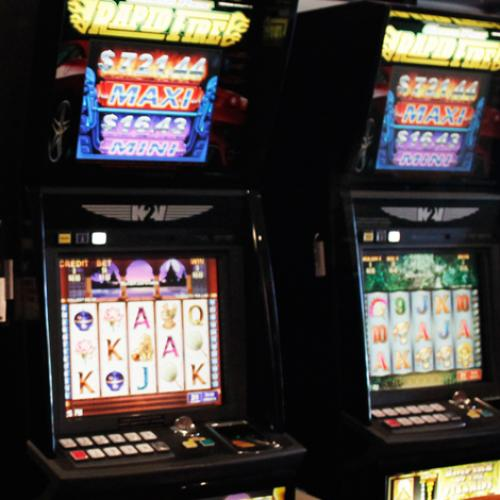 SA Pubs Urging Government To Allow Pokie Rooms To Reopen
