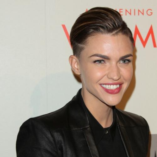 Ruby Rose Cast As First Lgbtiq Live-Action Batwoman