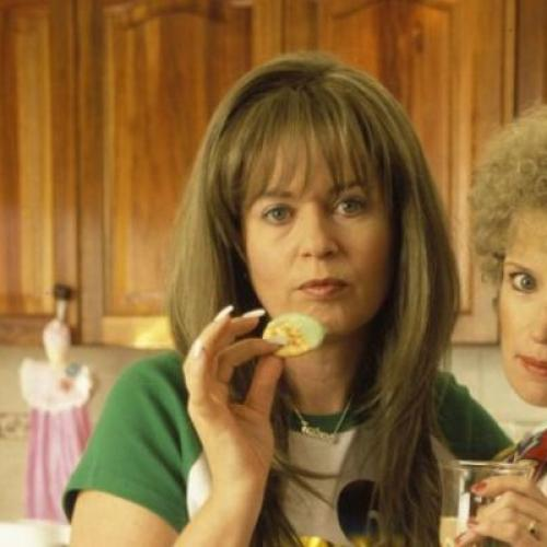 Kath And Kim Is Coming To Netflix Toot Sweet