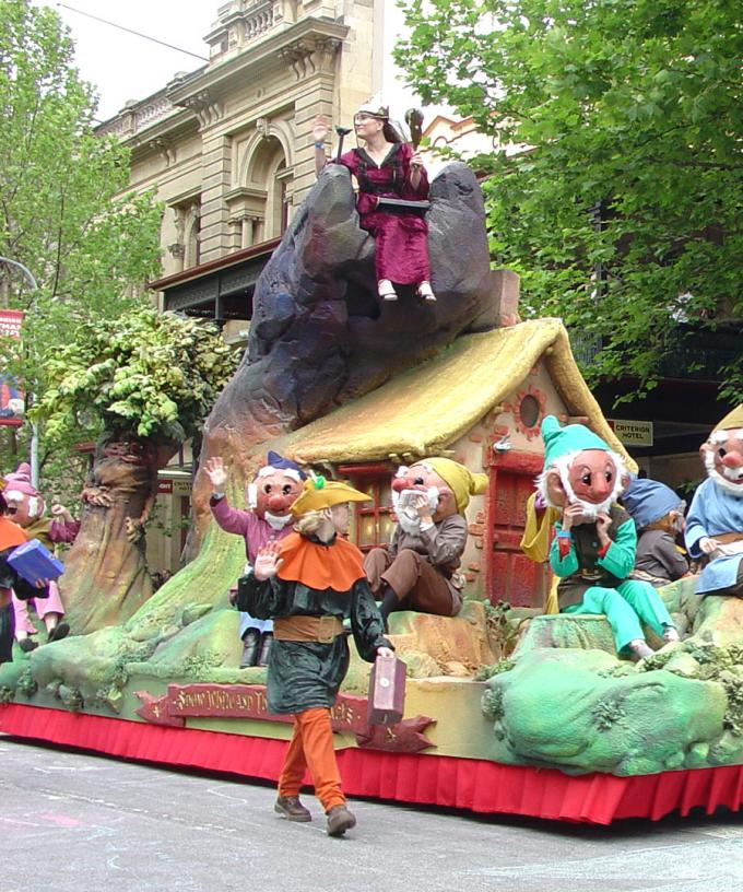 Christmas Pageant 2020 Organisers Determined That 2020 Christmas Pageant Will Still Go Ahead