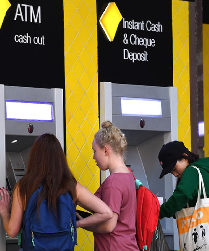 Commonwealth Bank Online Services Down Affecting Credit ...