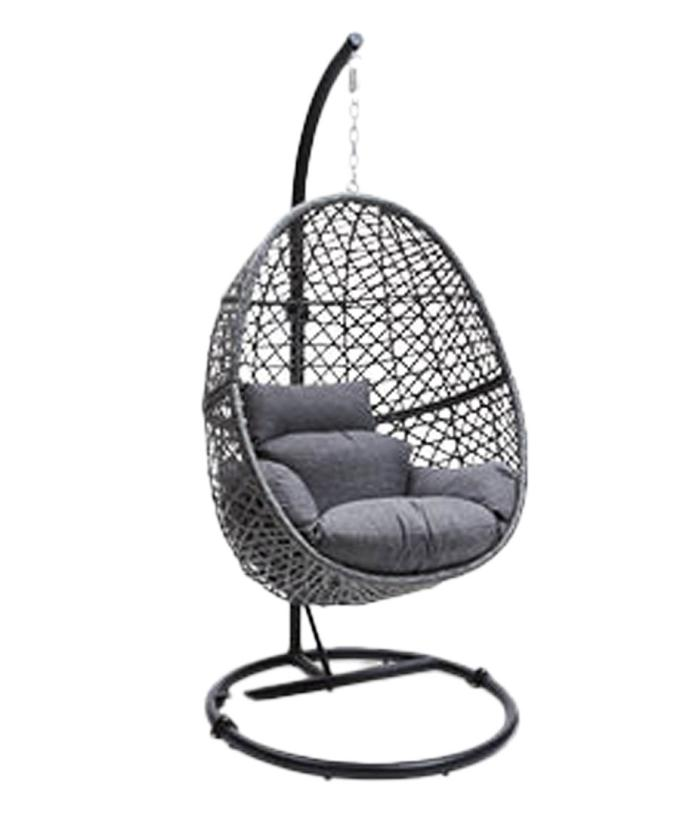 Aldi's Hanging Egg Chair Is Back On Sale Just In Time For ...