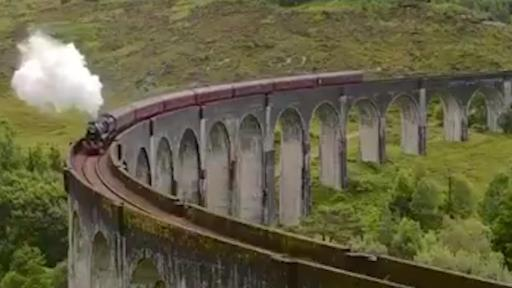 Commuter Train BLOCKS Harry Potter Fans' View Of The Hogwarts Express