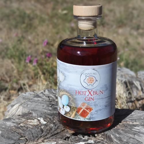 There's A Hot Cross Bun Gin Selling At The Farmers' Market This Weekend