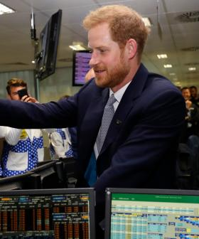 Working 9-5 - Prince Harry Starts An Office Job