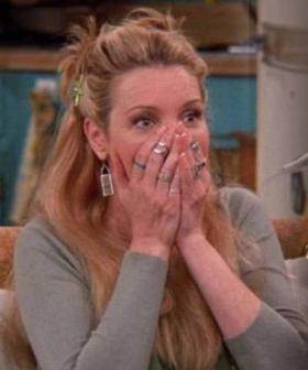 Lisa Kudrow CORRECTS Elton John & Ed Sheeran Over Their Phoebe Buffay 'Tony Danza' Tribute